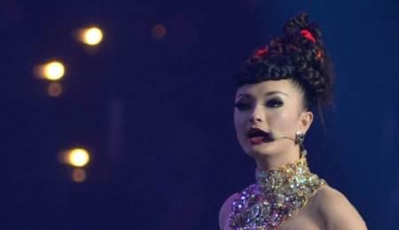 Zaskia Gotik saat tampil di acara Konser Raya Aksi Gemilang 19 Tahun Indosiar di MEIS Ancol, Jakarta. - Nurdiansah/Tempo